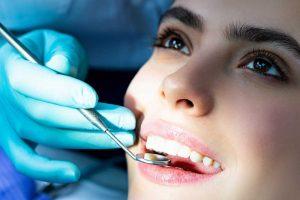 Cuidar de la salud de nuestros dientes gana enteros en la sociedad española